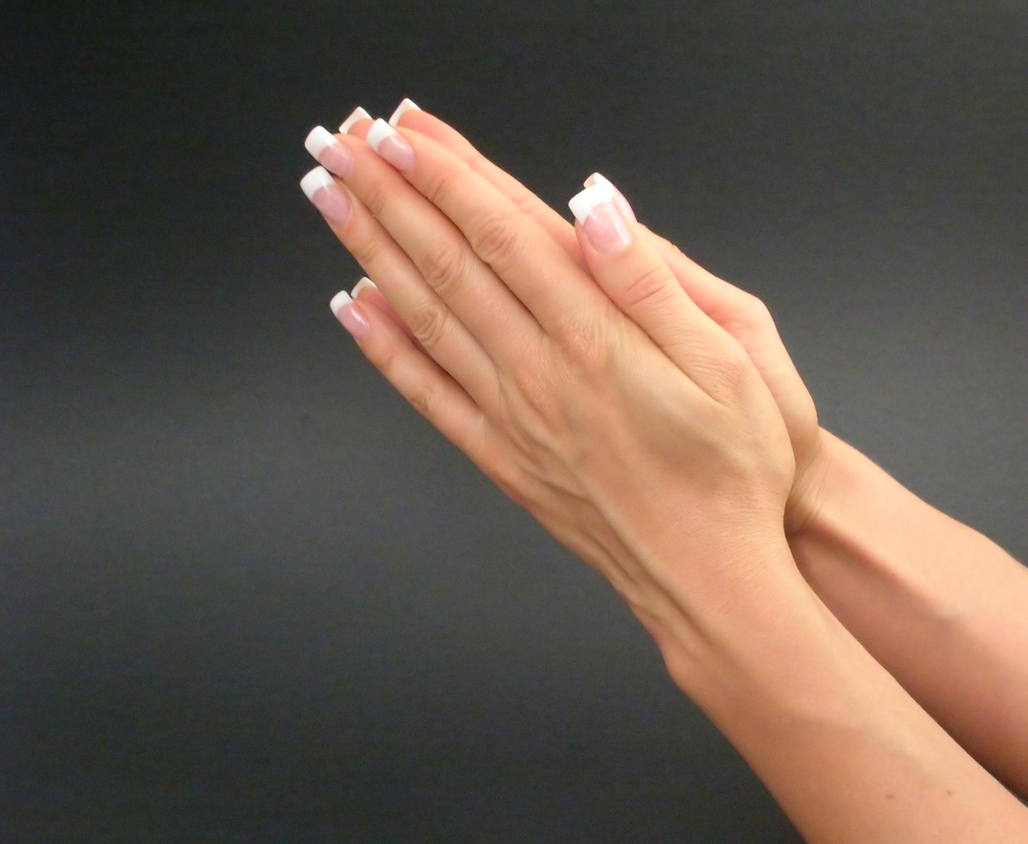 Широкие ногти на руках фото